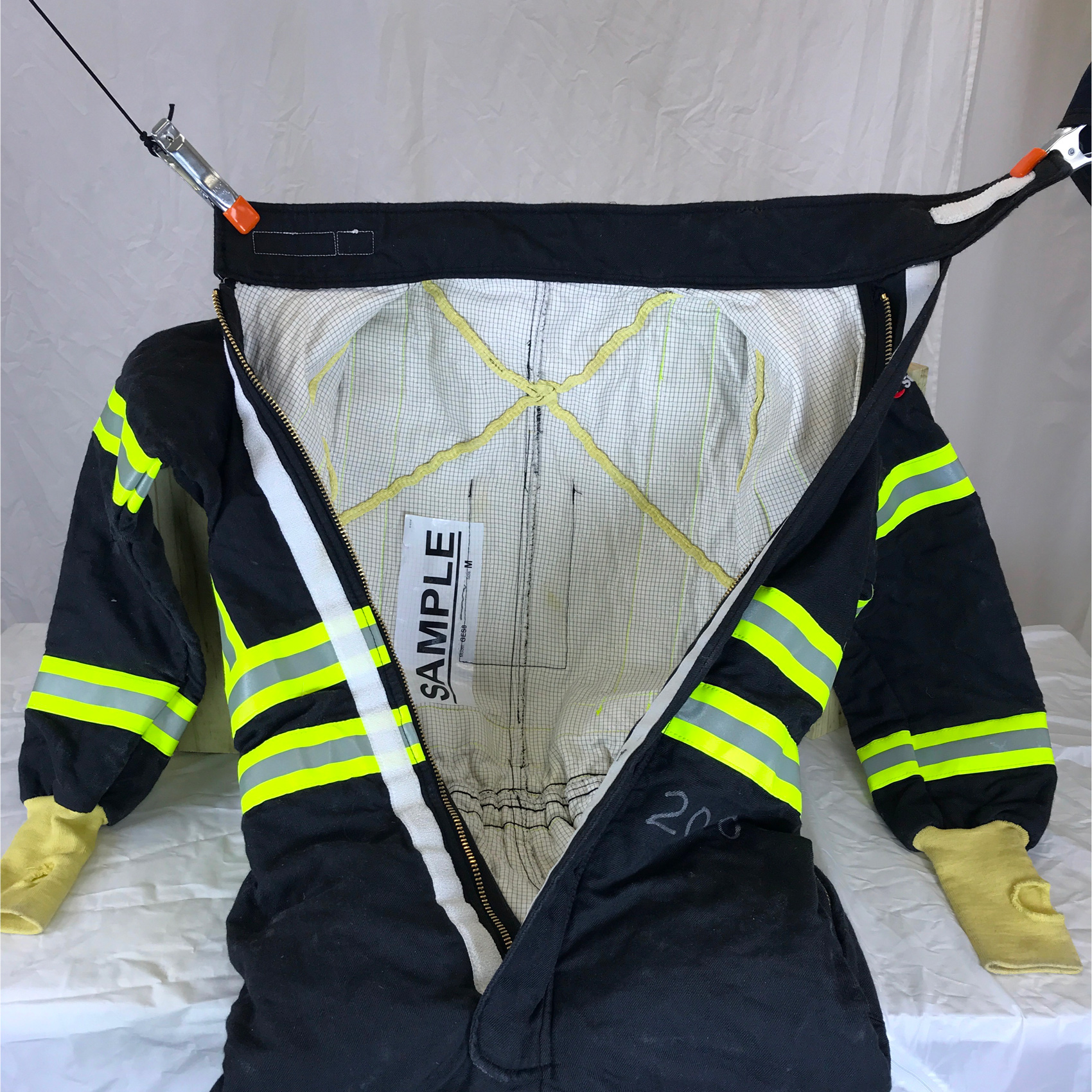gas-extraction-safety-coverall-inside